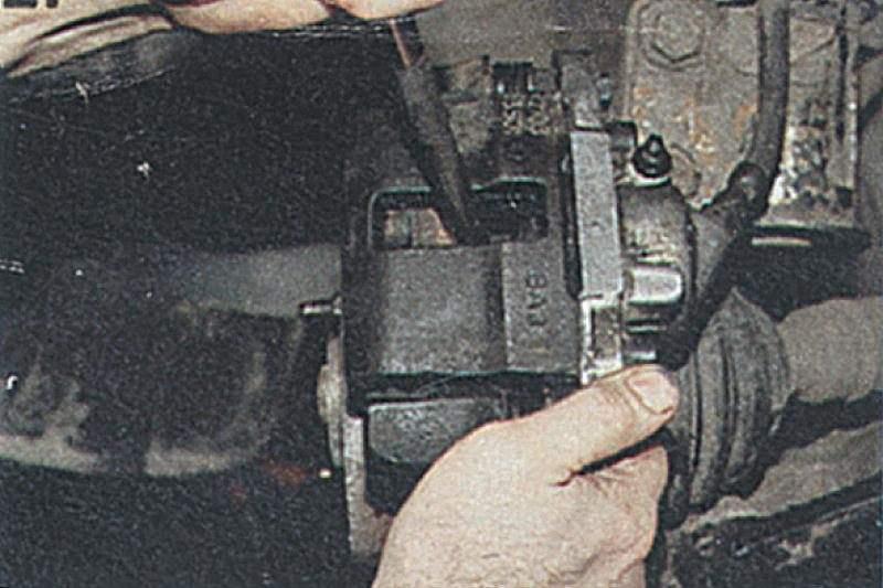 Как заменить тормозные колодки на ваз 2112 фото