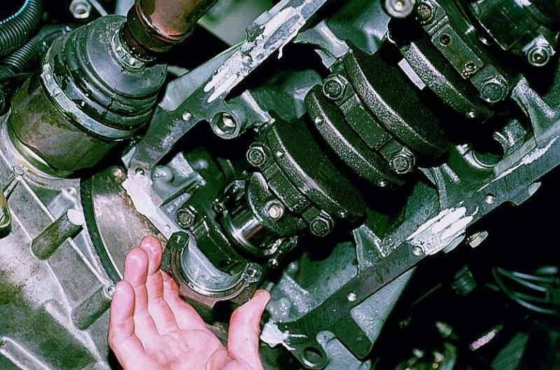 Замена поршней на приоре не снимая двигатель