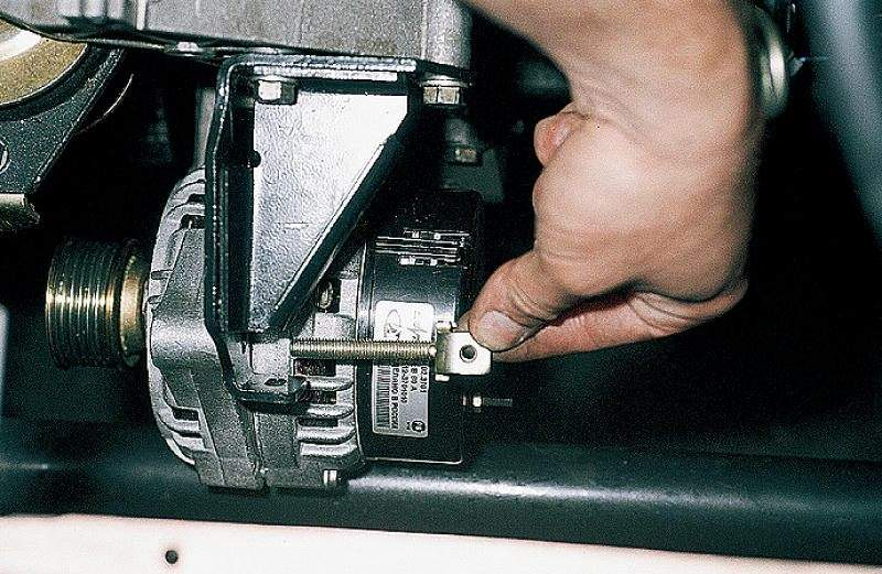 Фото №12 - замена генератора ВАЗ 2110