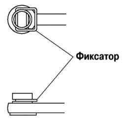 Установка фиксатора троса управления коробкой передач