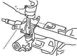 Демотаж детали механизма блокировки рулевого управления