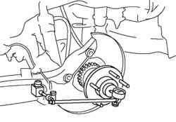 Проверка зазора в подшипнике ступицы заднего колеса