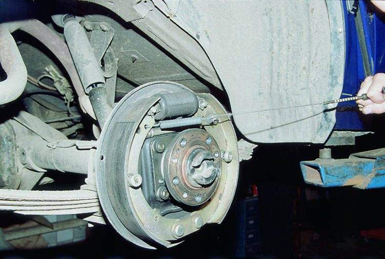 Ремонт заднего тормозного цилиндра газель своими руками