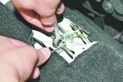 Замена тросов привода стояночного тормоза