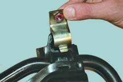 Замена деталей стабилизатора поперечной устойчивости передней подвески