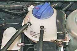 Проверка шлангов и соединений системы охлаждения