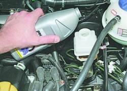 Замена тормозной жидкости в гидроприводе тормозов