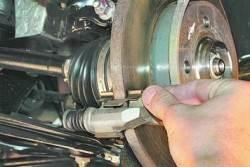 Замена колодок тормозных механизмов передних колес