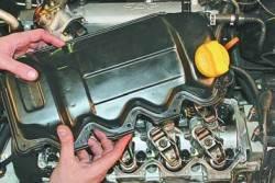 Замена гидрокомпенсаторов зазоров в механизме привода клапанов