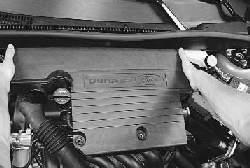 Проверка и замена фильтрующего элемента воздушного фильтра