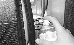Смазка арматуры кузова