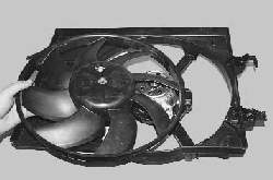 Снятие и установка электровентилятора радиатора системы охлаждения