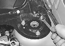 Снятие и установка трапеции стеклоочистителя ветрового окна в сборе с моторедуктором