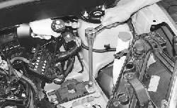 Замена левой опоры подвески силового агрегата