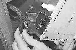 Снятие и установка автомагнитолы