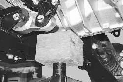 Замена задней опоры подвески силового агрегата