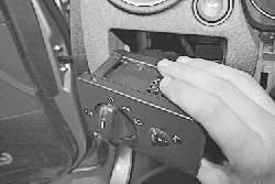 Снятие и установка панели приборов