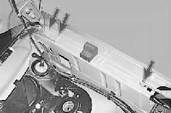 Снятие и установка переднего крыла