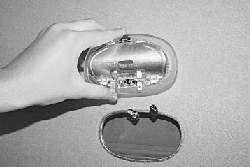 Замена заднего плафона освещения салона