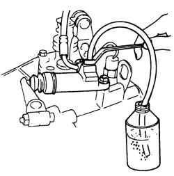 Удаление воздуха из системы гидропривода сцепления