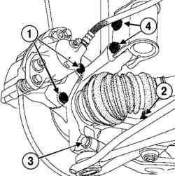 Отворачивание болта крепления направляющей колодок переднего тормоза