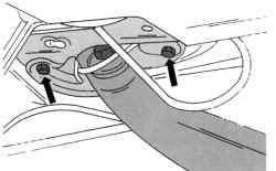 Крепление с задней стороны суппорта тормозного механизма и опоры реактивной тяги