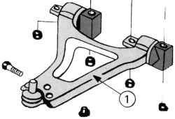 Поперечный рычаг на автомобиле с двигателем V6 (200 л.с.)