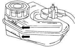 Метки уровня тормозной жидкости на бачке