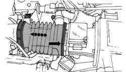 Место крепления шланга выпуска воздуха на фильтре двигателя V6