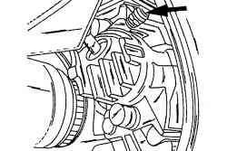 Местонахождение штуцера прокачки переднего суппорта тормозного механизма