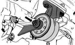 Местонахождение заднего подшипника на автомобиле с механической КП
