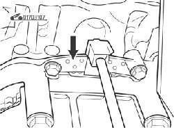 Датчик положения коленчатого вала (стрелка)